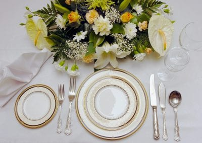 048 Table Setting